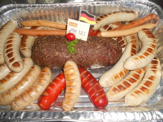 Baroque Culinária Européia Slow Food: HACKBRATEN (bolo de carne Alemão) com Weisswurst