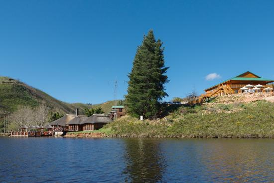 Mofam River Lodge : A view from the river