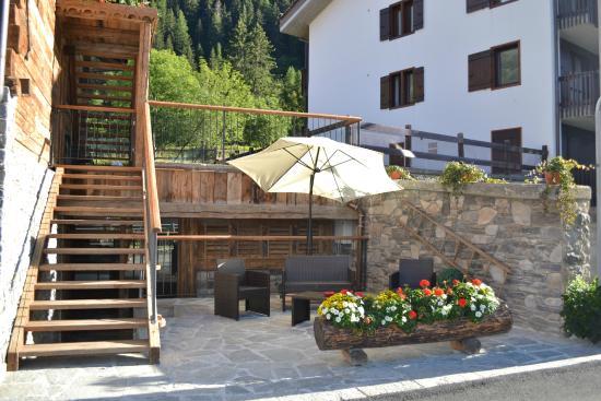Hotel Martinet: Dehors estivo