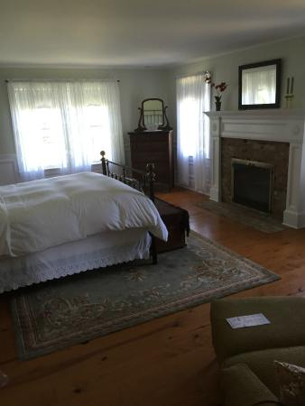 The Coffey House Bed & Breakfast: The Suite