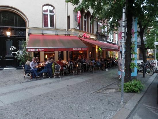 Cafe Brel aan het Savignyplatz