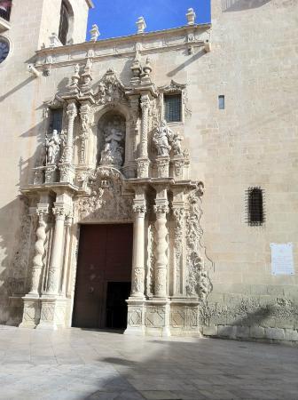 Santa Maria Church : Eglise Santa Maria