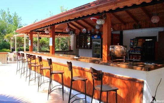 Yakamoz Hotel: Poolside bar