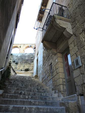 Valletta Studios: Apt 4