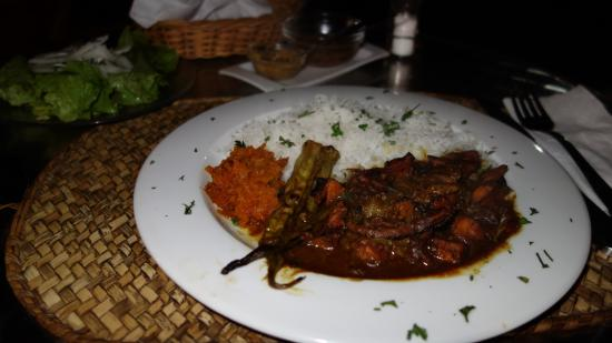 Ric& Cath'snack : Octopus Curry with rice