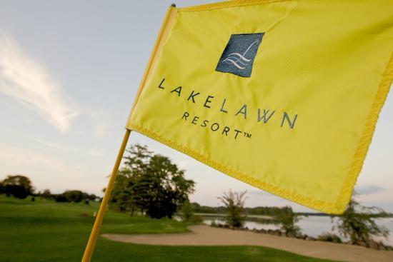 Delavan, WI: Majestic Oaks Golf Course