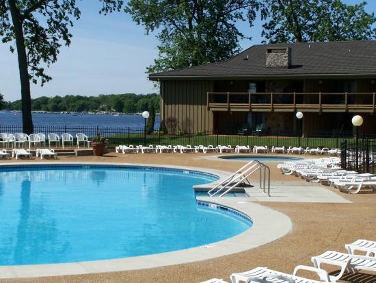 Delavan, WI: Lookout Pool - Outdoor Pool