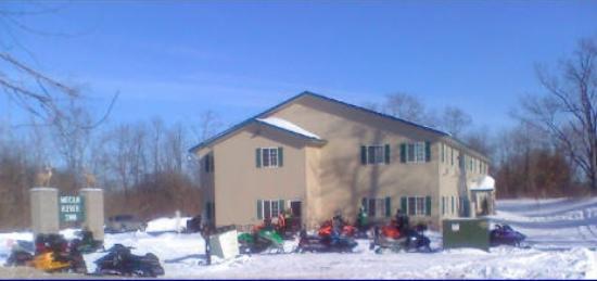 Mecan River Inn: Snowmobile Trail Access