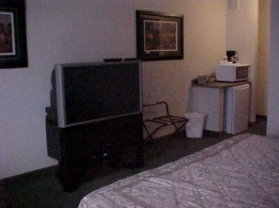 Coloma, WI: Whirlpool Room