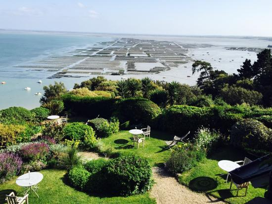 vue sur cancale photo de cottage les rimains cancale