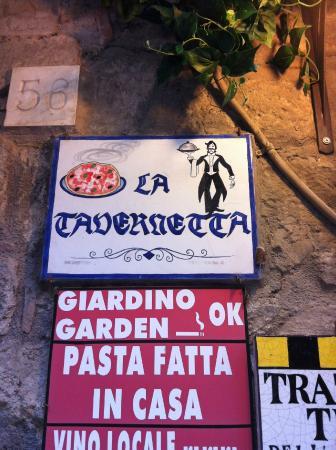 La Tavernetta : Insegna