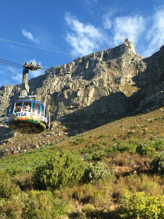 Cape Town Seamore Express Tours and Guesthouse: Cable car to top of Table Mountain