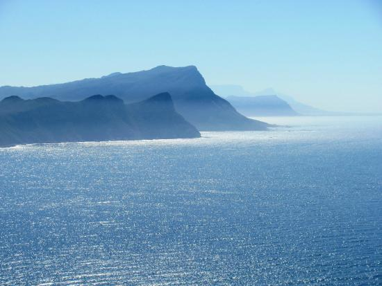 Cape Town Seamore Express Tours and Guesthouse: Lunch view atop the Cape