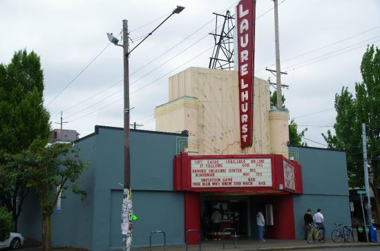 ‪Laurelhurst Theatre‬