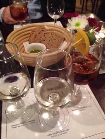 Vinoteca Marylebone: photo0.jpg