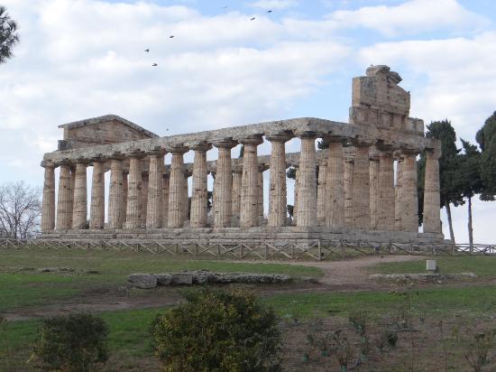 Il Tempio di Nettuno o Poseidone o di Hera II
