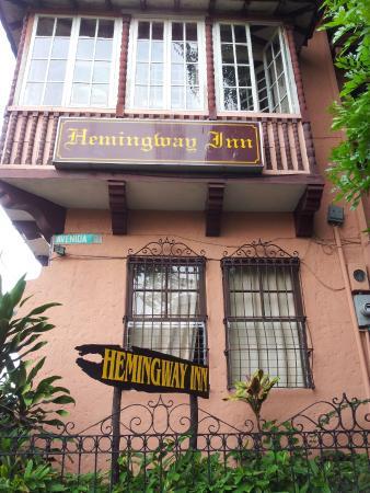 Hemingway Inn: Outside view of hotel