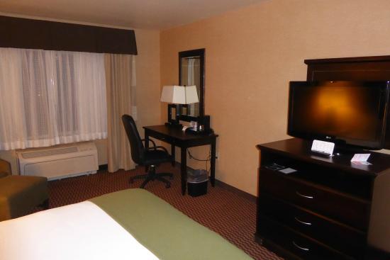 Holiday Inn Express Hotel & Suites Frazier Park: Номер с королевской кроватью