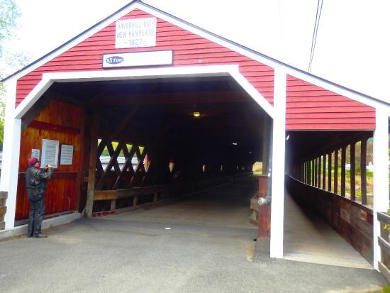 Woodsville, Nueva Hampshire: outside of bridge