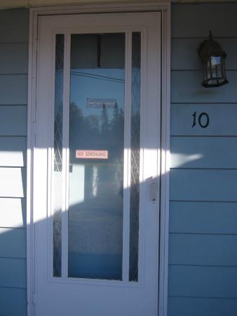 Wonderland Motel: the room door