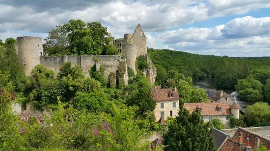 Chateau d'Angles-sur-l'Anglin