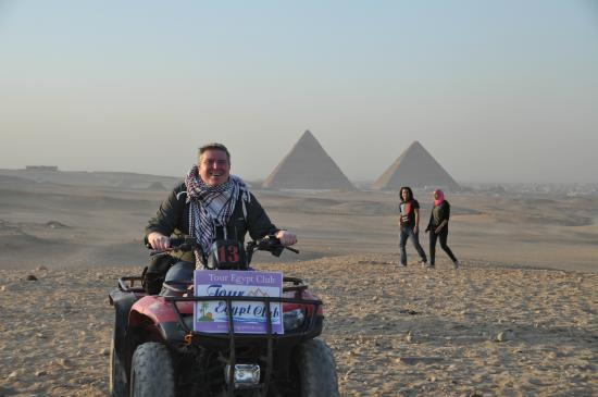 Tour Egypt Club - Private Day Tours: Sunset, a motorcycle and the pyramids