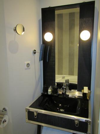 Le 123 Sébastopol - Astotel: bathroom