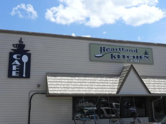 Heartland Kitchen and Cafe: Entrance
