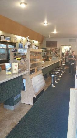 Charlie's Cafe : Optional counter area seating