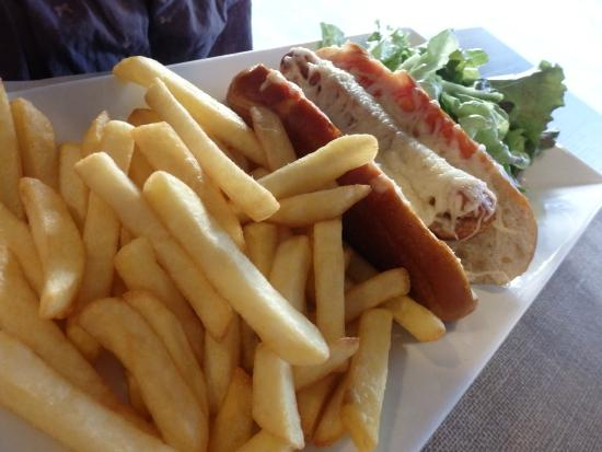 Taverne De Maitre Kanter : hot-dog du menu enfant