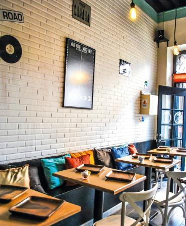 Cafe Bistro 55th Street