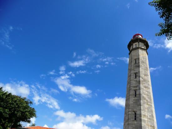 Phare des baleines photo de phare des baleines saint - Office du tourisme saint clement des baleines ...