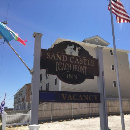 Sandcastle Beachfront Inn