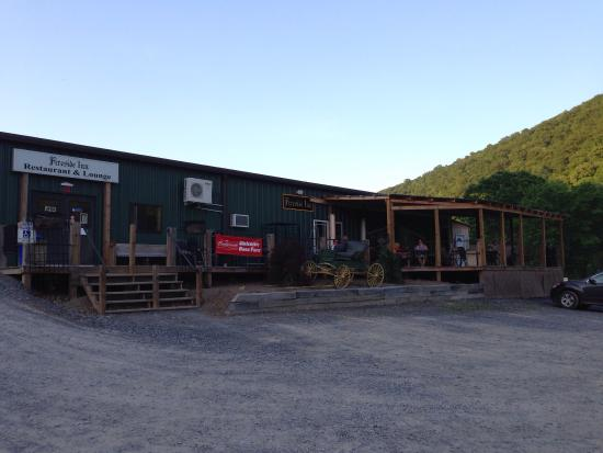 Ridgeley, WV: Beautiful Mountains Great Food and Cozy Campground.