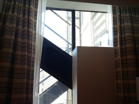 Hampton Inn & Suites Milwaukee Downtown: View from room 803