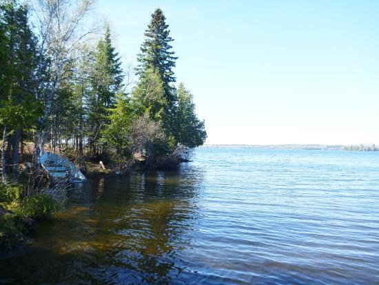 View at the lake - Pic...