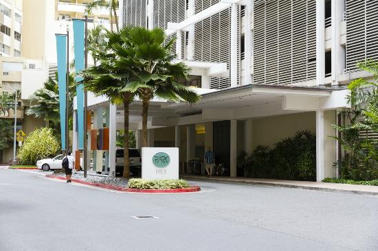 Waikiki Parc Hotel Porte Cochere