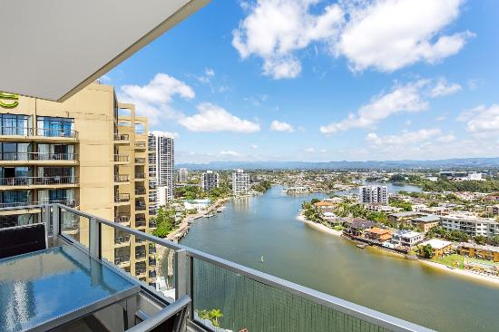 Waterways Luxury Apartments : Balcony River View