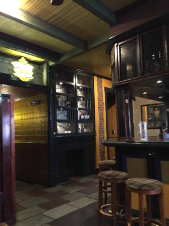 M'coul's Public House: Downstairs in the pub