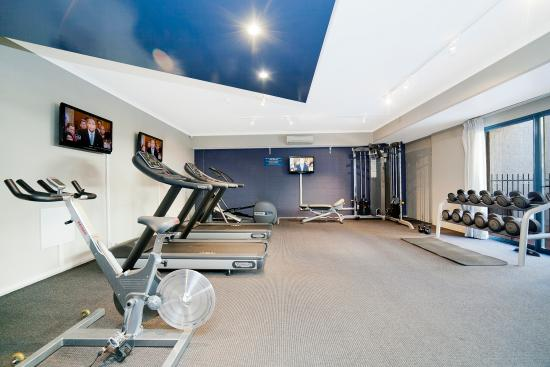 Pinnacle Apartments Canberra: Gym