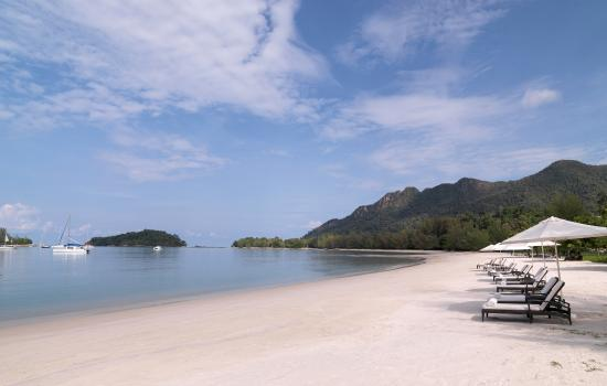 The Danna Langkawi, Malaysia: Along the shore is a 2KM-long beach