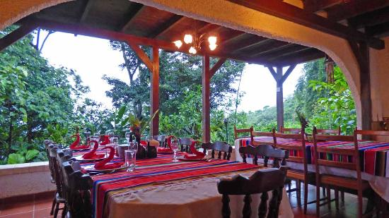 Rancho Naturalista: Al fresco dining with incredible food