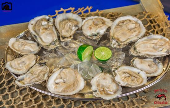Nogales, AZ: Nothing like fresh oysters, we got them just for you!
