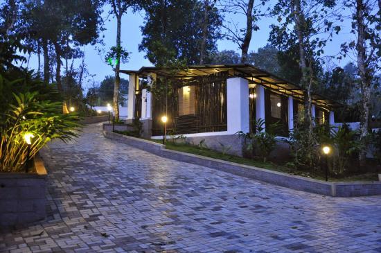 Bijans Resort