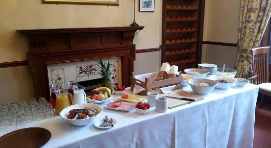 Glenfarg Hotel Restaurant: Continental Breakfast Buffet