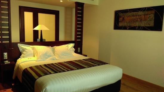 Hôtel LE MAURITIA : Un lit grand confort