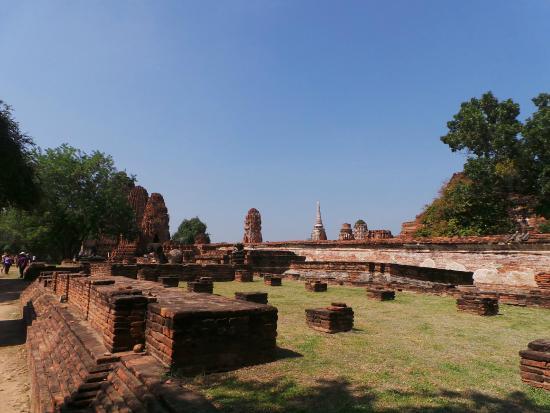 Wat Lokaya Sutharam - Picture of Temple of the Reclining Buddha (Wat Lokayasu...