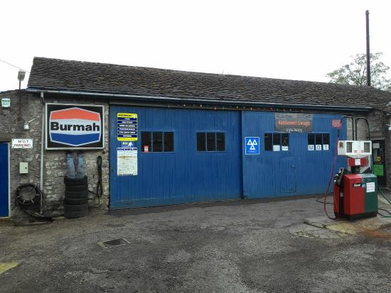 Kettlewell Camping  Garage and gas Station in the vicinity fcec5cee98a2