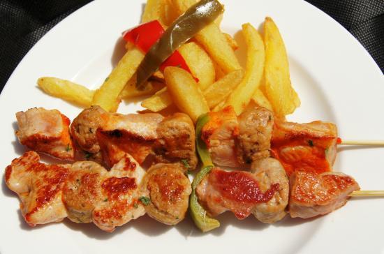 imagen Cafetería restaurante Altapeña en Los Corrales de Buelna
