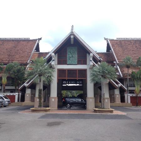 Mission Hills Phuket Golf Club Resort & Spa: вход